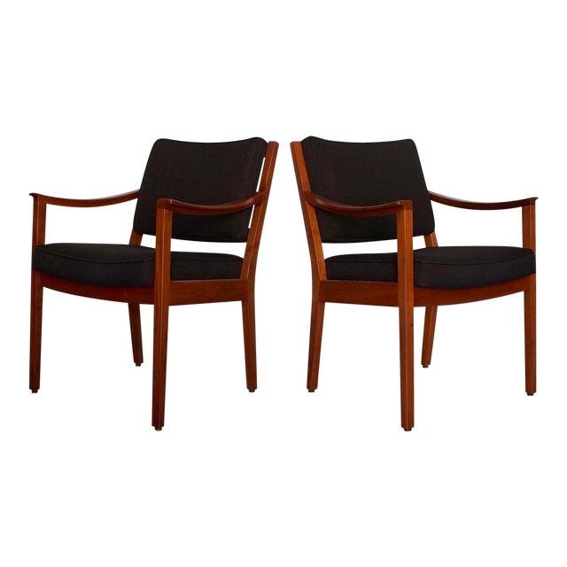 Gunlocke Mid-Century Modern Walnut Armchairs - A Pair For Sale