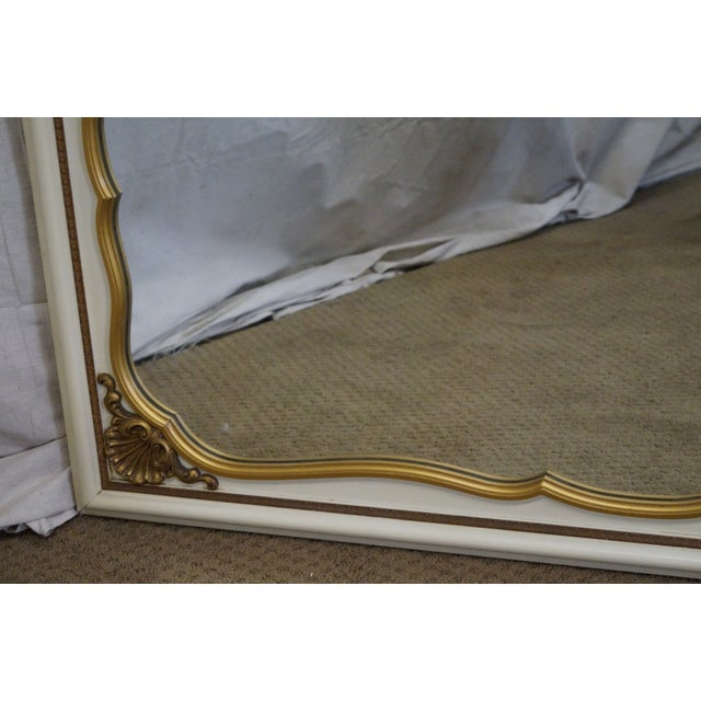 Vintage Painted Gold Accent Shell Carved Louis XV Style Wall Mirror For Sale In Philadelphia - Image 6 of 10