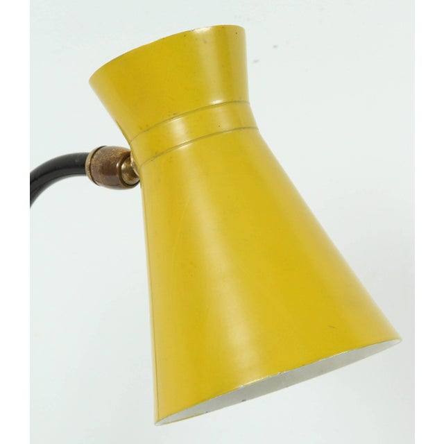 "Bakelite Jacques Biny ""Cocotte"" Yellow Table Lamp for Luminalite For Sale - Image 7 of 8"
