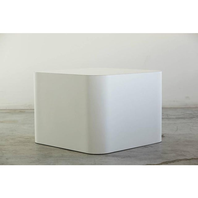 Mid-Century Modern Custom Made White Laminate Cubic End Table or Pedestal, Large For Sale - Image 3 of 8
