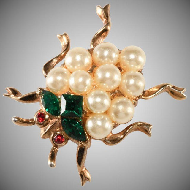 1950s Trifari Ladybug Faux Pearl Rhinestones Insect Bug Pin Brooch For Sale - Image 5 of 5