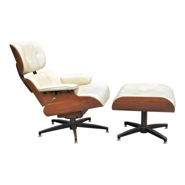 Mid-Century Modern Eames-Style Naugahyde Upholstered Walnut Laminated Lounge Chair and Ottoman For Sale