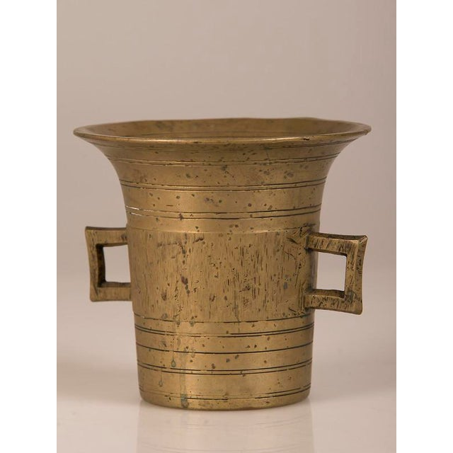 Solid Cast Brass Mortar and Pestle, France c.1920 For Sale - Image 4 of 8