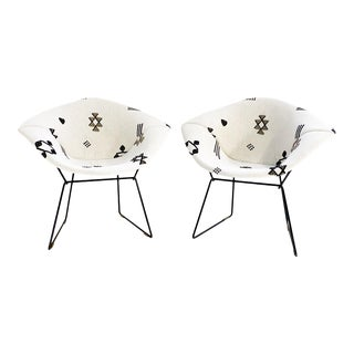 Harry Bertoia for Knoll Diamond Chairs in Schumacher Embroidered Linen - a Pair For Sale