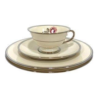 Franciscan Huntington Rose Cup and Saucer with Dessert Plates - Set of 4 For Sale
