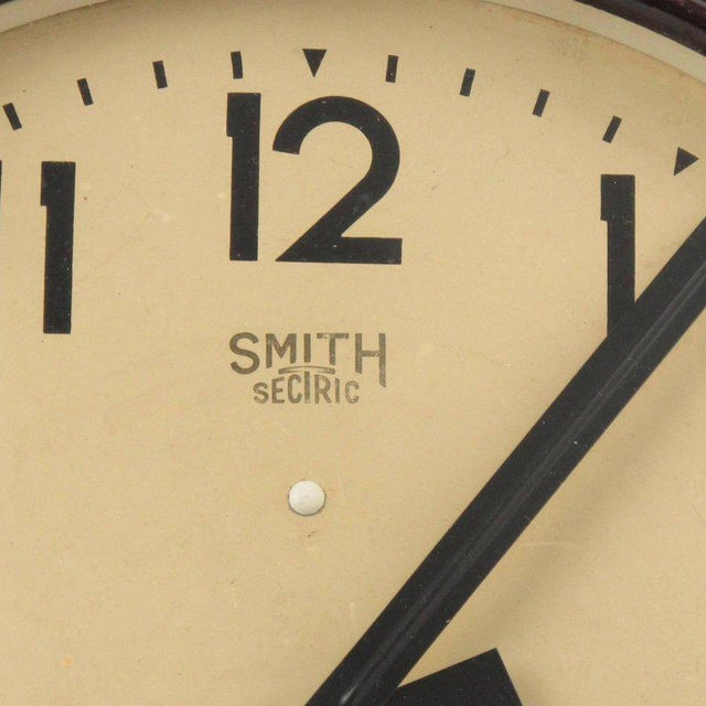 Smith Huge Industrial Factory English Art Deco Bakelite Wall Clock For Sale - Image 5 of 10