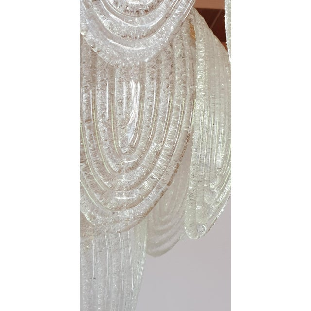 Transparent Mid-Century Modern Murano Glass and Plated Gold Chandelier by Mazzega For Sale - Image 8 of 10