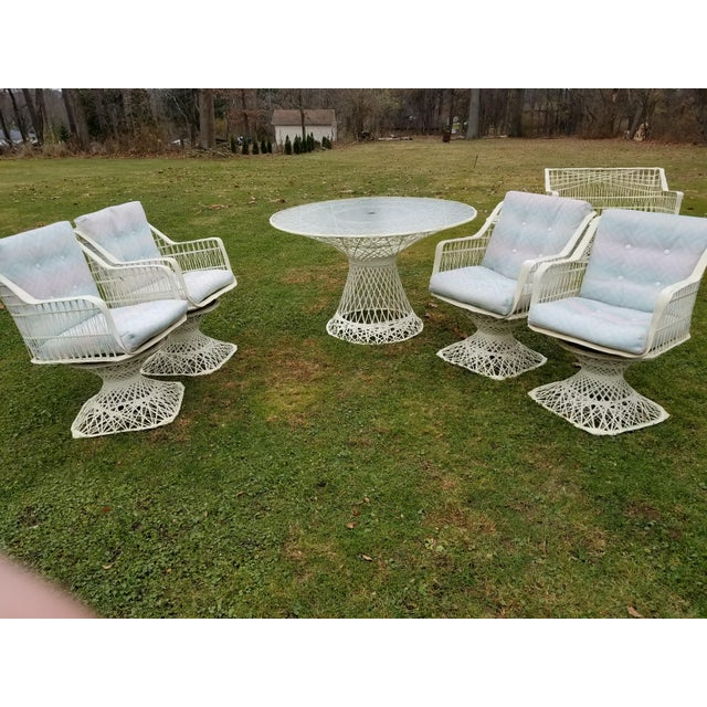 Russell Woodard Spun Swivel Fiberglass Style Chair Table Patio Set 5 Pc For Sale - Image 10 of 11