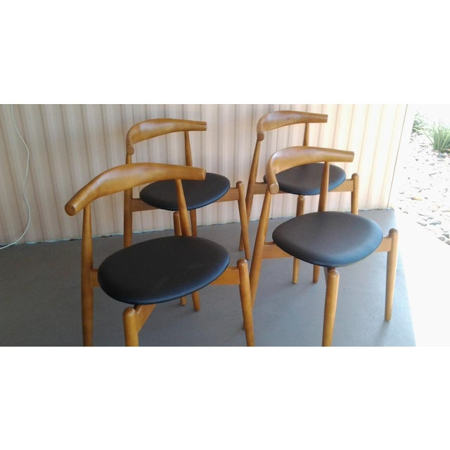 "Danish Modern Danish Modern 'Hans Wegner' ""Ch20"" Elbow Chairs - Set of 4 For Sale - Image 3 of 7"