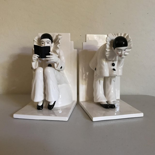 Vintage Tastesetter Ceramic Pierrot Bookends - A Pair - Image 2 of 7