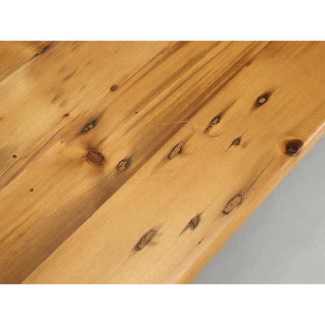 English Pine Farm Table From Main Pine Company For Sale - Image 9 of 11