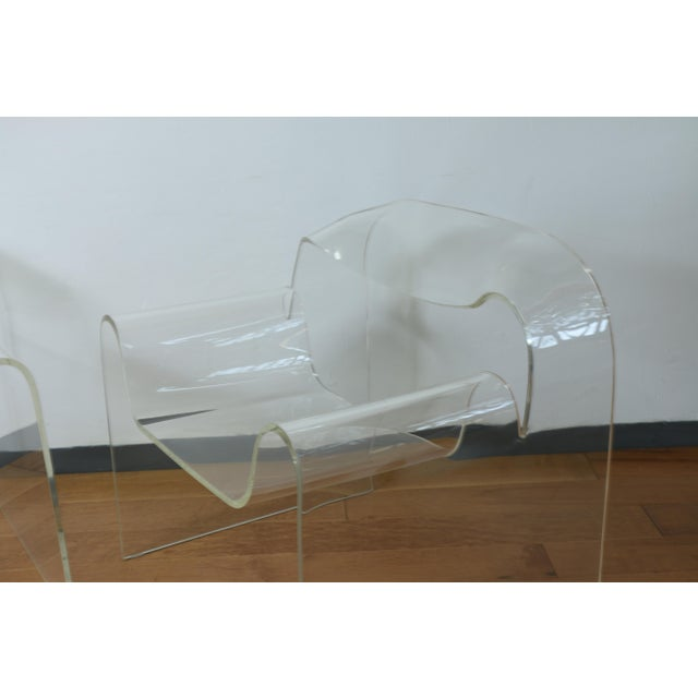 Vintage Pair of Lucite Ribbon Style Lounge Chairs For Sale In Los Angeles - Image 6 of 13