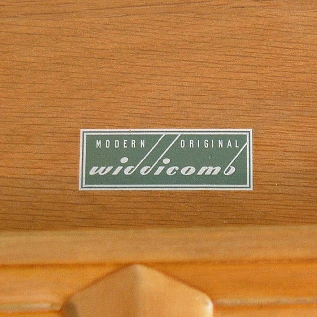 1940s Robsjohn-Gibbings for John Widdicomb Mahogany 3 Drawer Chests or Commodes - a Pair For Sale - Image 5 of 6