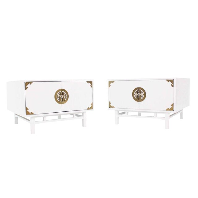 Pair Large Square White Lacquer End Side Tables Campaign Style Brass Pulls For Sale