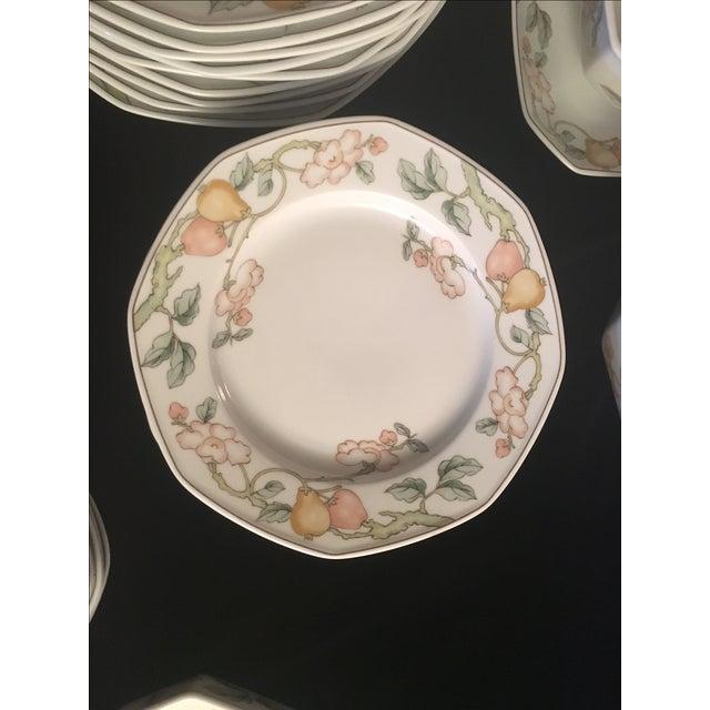 Villeroy & Boch Fruit Garden Pattern Dinnerware - Set for 8 For Sale - Image 5 of 6