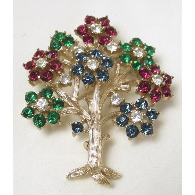 """Boho Chic Vintage Signed Trifari 'Tree of Life"""" Brooch For Sale - Image 3 of 5"""