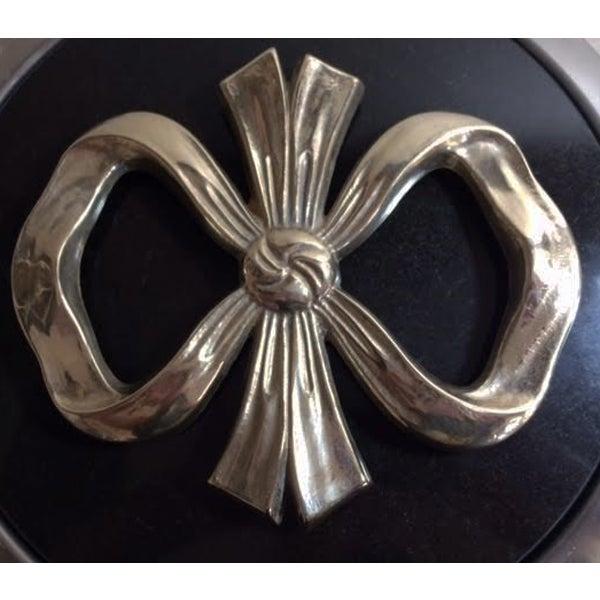 Vintage Hollywood Regency Brass Bow Trivet - Image 2 of 4