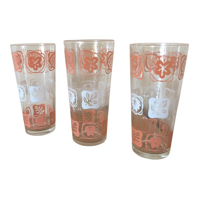 Mid-Century Vintage Pink and White Leaf Motif Glasses - Set of 3 For Sale
