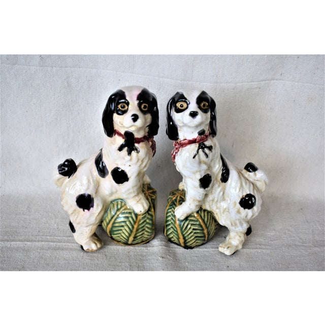 Vintage King Charles Spaniel bookends will hold your books in style or can be used as a decorative item. These are pre-...