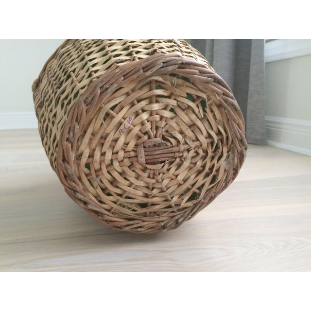 Vintage French Country Wicker Wrapped Demijohns With Handles - a Pair For Sale In Orlando - Image 6 of 9
