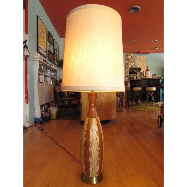Mid-Century Ceramic Lamp - Image 3 of 8