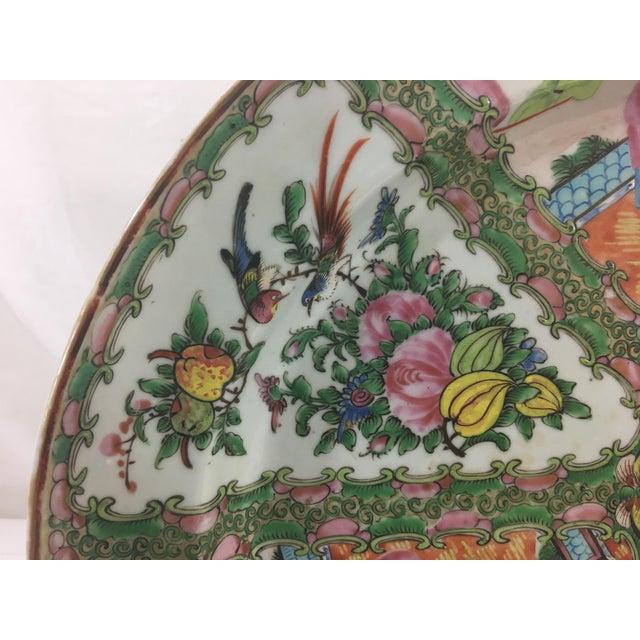 Large 19th Century Rose Medallion Platter For Sale - Image 4 of 10