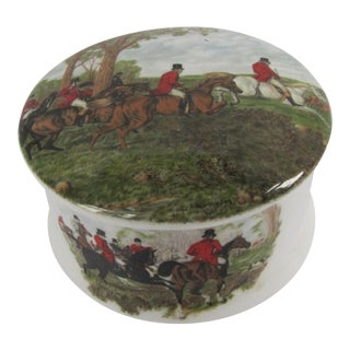 English Horse & Hound Hunting Round Lidded Trinket Box For Sale