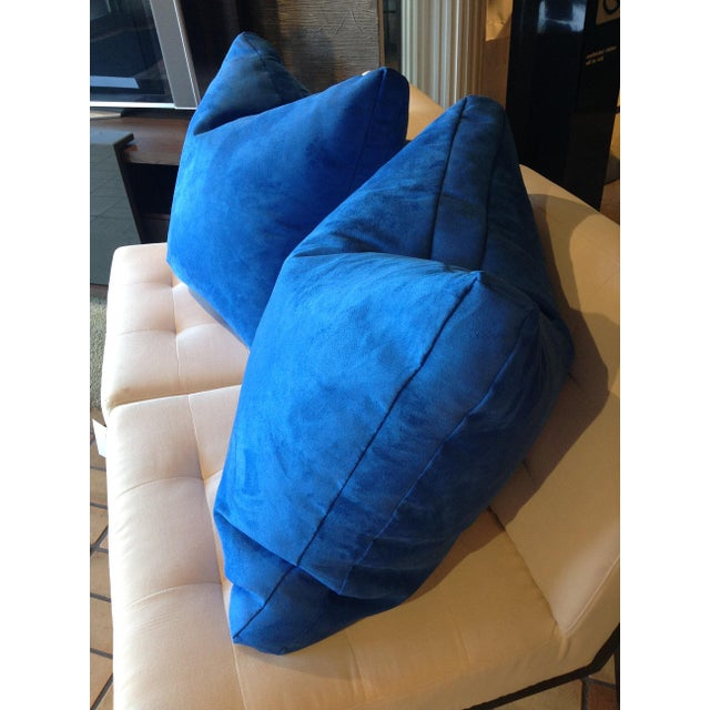 "Designers Guild Custom ""Mezzola"" Square Edge Cobalt Blue Accent Pillows - a Pair For Sale - Image 4 of 7"
