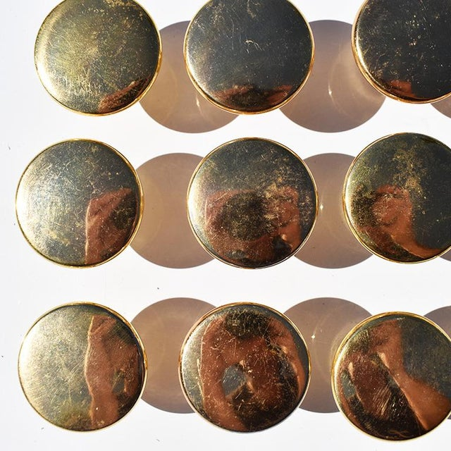 Mid 20th Century Gold Round Circular Cabinet Knobs 20th Century in the Style of Sherle Wagner For Sale - Image 5 of 6