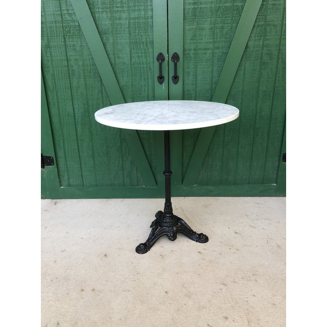 Victorian White Marble Top Cast Iron Pedestal Base Bistro Table