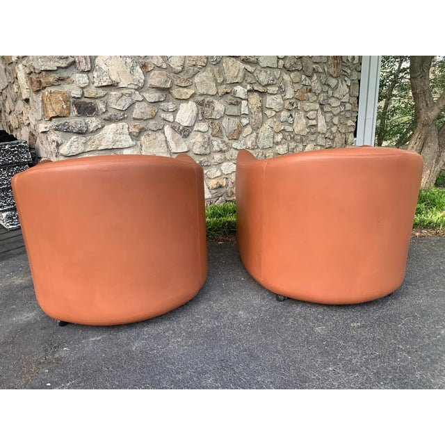 1980s 1980s Metropolitan Furniture Saddle Leather Club Chairs on Castors - a Pair For Sale - Image 5 of 6