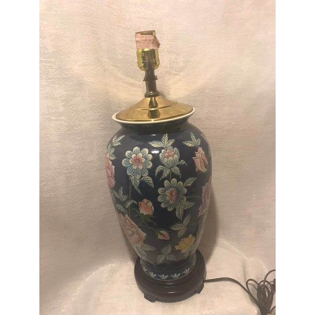 Vintage Chinoiserie Ginger Jar Lamp For Sale - Image 4 of 7