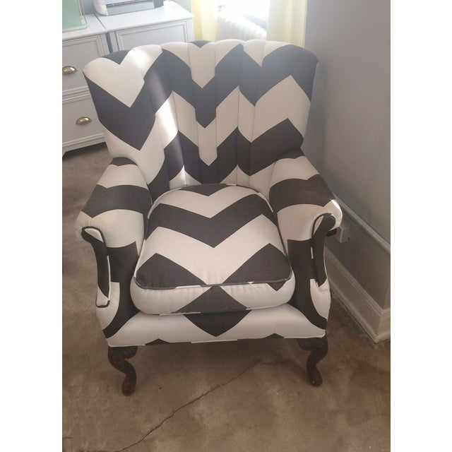 Vintage Umber & White Channeled Chair - Image 2 of 3