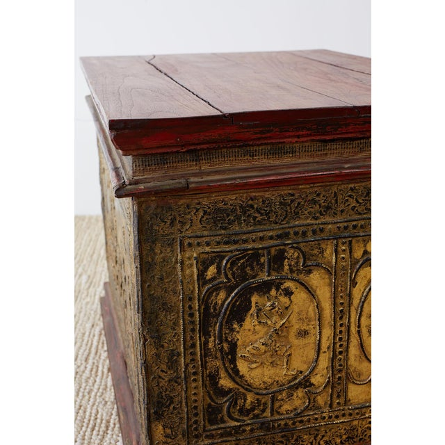 Red 19th Century Burmese Gilded Chest or Trunk Table For Sale - Image 8 of 13
