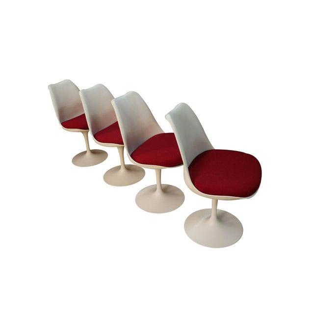 Knoll Four Knoll Eero Saarinen Swivel Tulip Chairs For Sale - Image 4 of 12