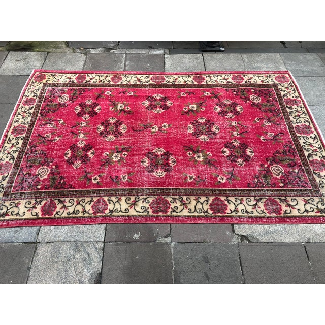 1960s Vintage Turkish Oushak Hand-Knotted Rug - 5′2″ × 8′2″ For Sale - Image 6 of 11