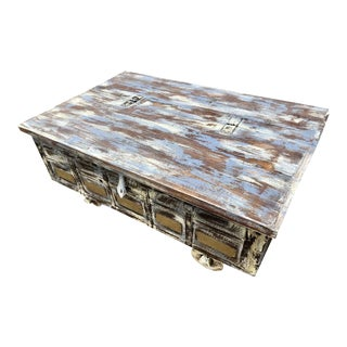 1920s Rustic Distressed Coffee Trunk For Sale