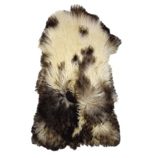 "Handmade Long Hair Sheepskin Pelt - 2'5"" x 3'10"""