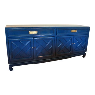 Chinese Chippendale Fretwork Hollywood Regency Lacquered Sideboard Buffet Credenza Navy Blue For Sale