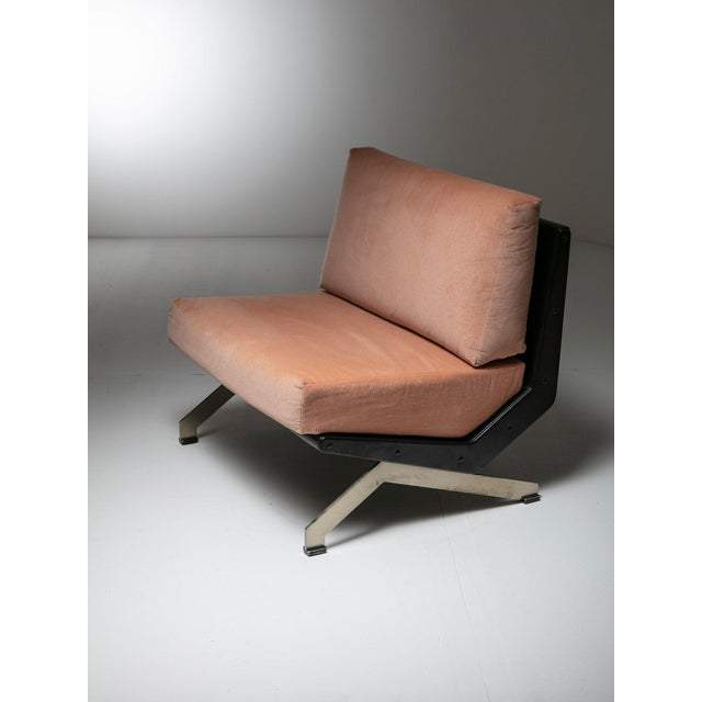 Mid-Century Modern Pair of Lounge Chairs by Gianni Moscatelli for Formanova For Sale - Image 3 of 7