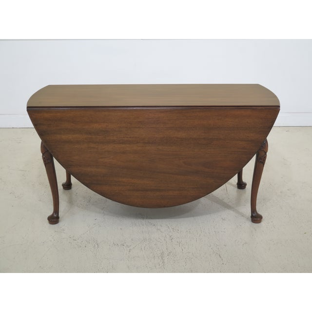 1960s Queen Anne Kittinger Colonial Williamsburg Mahogany Drop Leaf Table For Sale - Image 13 of 13