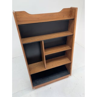 1960s Vintage Walnut Bookcase by Dillingham Preview