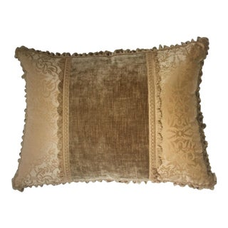 English Traditional Nancy Corzine Tan & Tassled Pillow For Sale