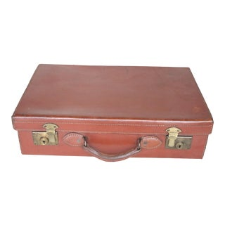 Early 20th Century English Leather Suitcase For Sale