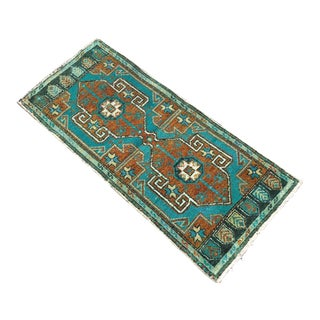 Hand Knotted Turquoise Mat For Sale