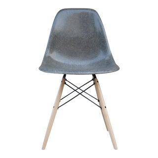 1960s Mid-Century Modern Eames for Herman Miller Gray Fiberglass Side Chair