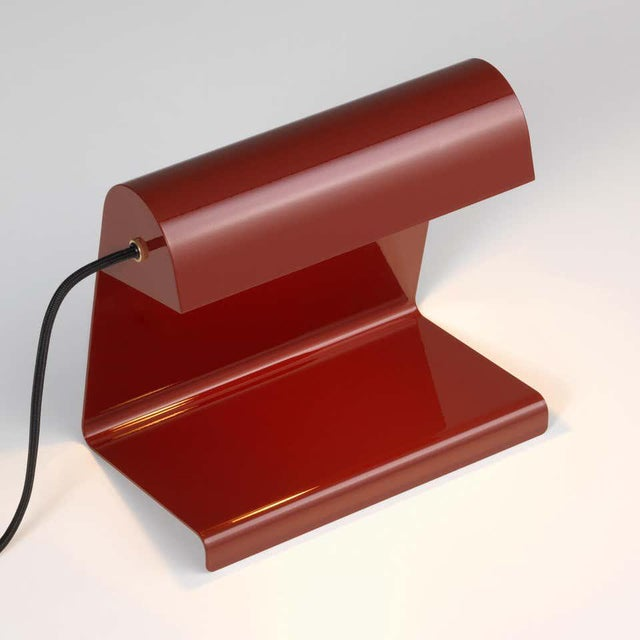 Vitra Jean Prouvé 'Lampe De Bureau' Table Lamp in Red for Vitra For Sale - Image 4 of 11