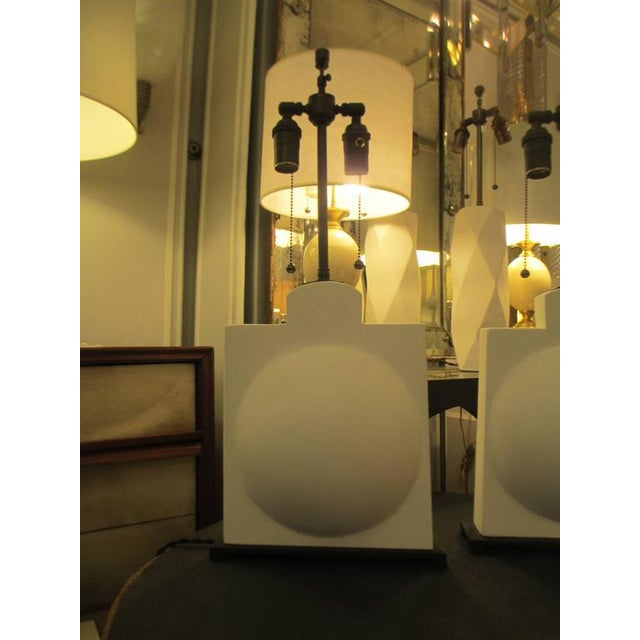 Pair of Modern Sculptural Plaster Lamps For Sale - Image 4 of 7