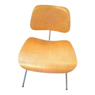 Mid Century Herman Miller Eames Chair For Sale