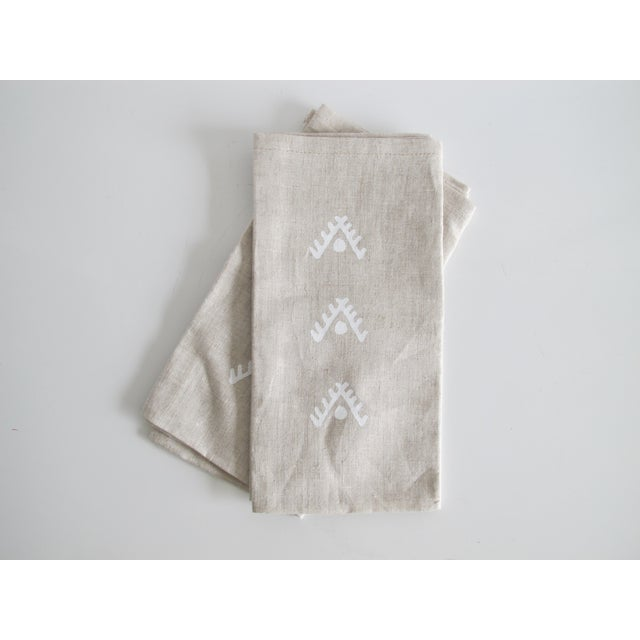 Geometric Brown Linen Napkins- A Pair - Image 3 of 4
